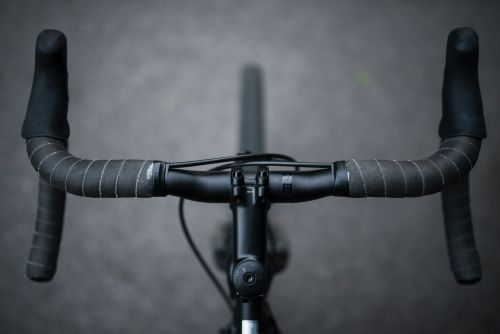 gravel bike for commuting reviewed