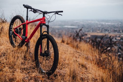 mountain bike for commuting review